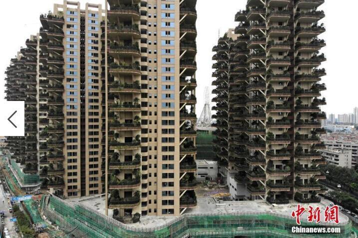 """成都建首个""""垂直森林""""住宅:阳台成私家花园"""